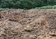 年間約600トンに及ぶ「100%茶かす肥料」
